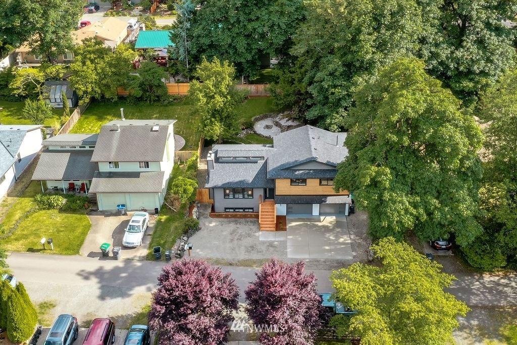 Photo of 21645 SE 266th Place, Maple Valley, WA 98038 (MLS # 1789810)