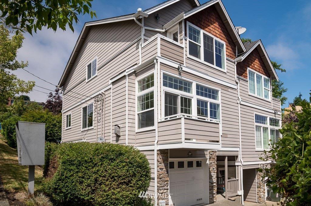 2308 W Bertona Street, Seattle, WA 98199 - #: 1815810