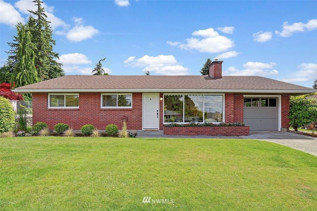 Photo of 209 E View Ridge Drive, Everett, WA 98203 (MLS # 1776812)