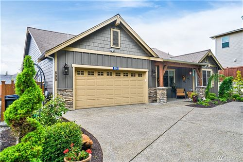Photo of 800 Twin Brooks Dr, Mount Vernon, WA 98273 (MLS # 1616815)