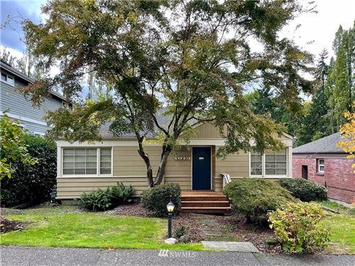Photo of 403 NE 45th Street, Seattle, WA 98105 (MLS # 1856815)