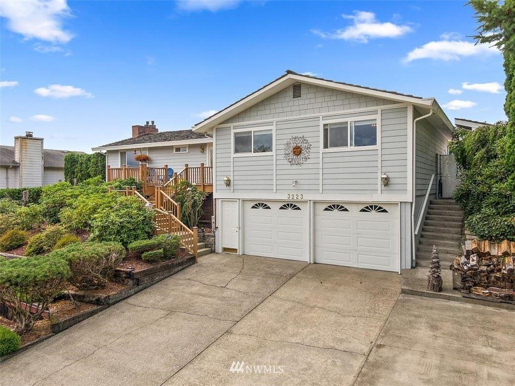 Photo of 3223 N Narrows Drive, Tacoma, WA 98407 (MLS # 1813817)