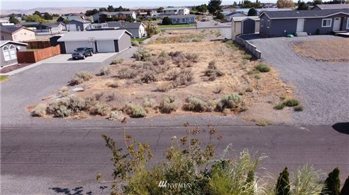Photo of 204 Clayton Place S W, Mattawa, WA 99349 (MLS # 1803818)