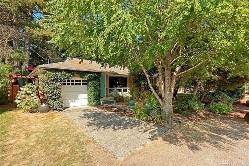 Photo of 14035 27th Ave NE, Seattle, WA 98125 (MLS # 1633819)