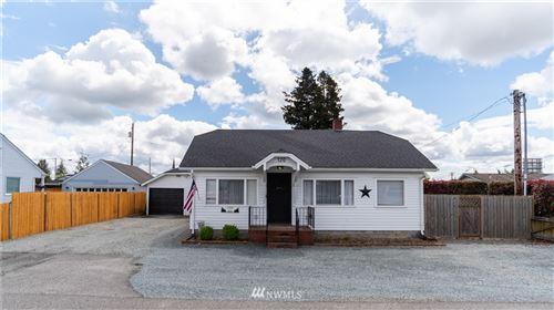 Photo of 120 Avon Avenue, Burlington, WA 98233 (MLS # 1768819)