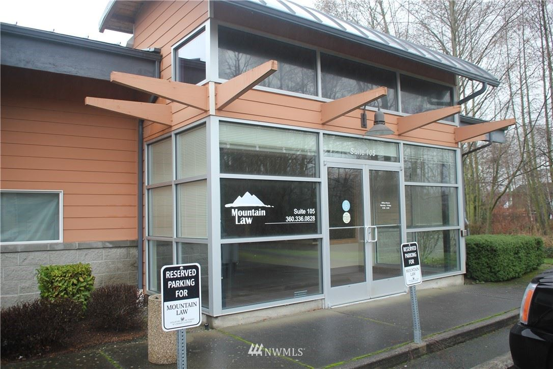 Photo of 1600 Continental Place, Mount Vernon, WA 98273 (MLS # 1722819)