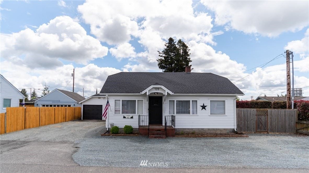 Photo of 120 Avon Avenue, Burlington, WA 98233 (MLS # 1768819)
