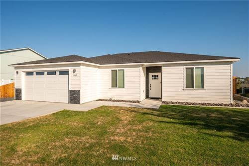 Photo of 1017 W Windrose Drive, Moses Lake, WA 98837 (MLS # 1816821)