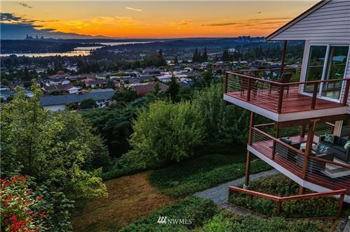 Photo of 4509 Somerset Place SE, Bellevue, WA 98006 (MLS # 1643823)
