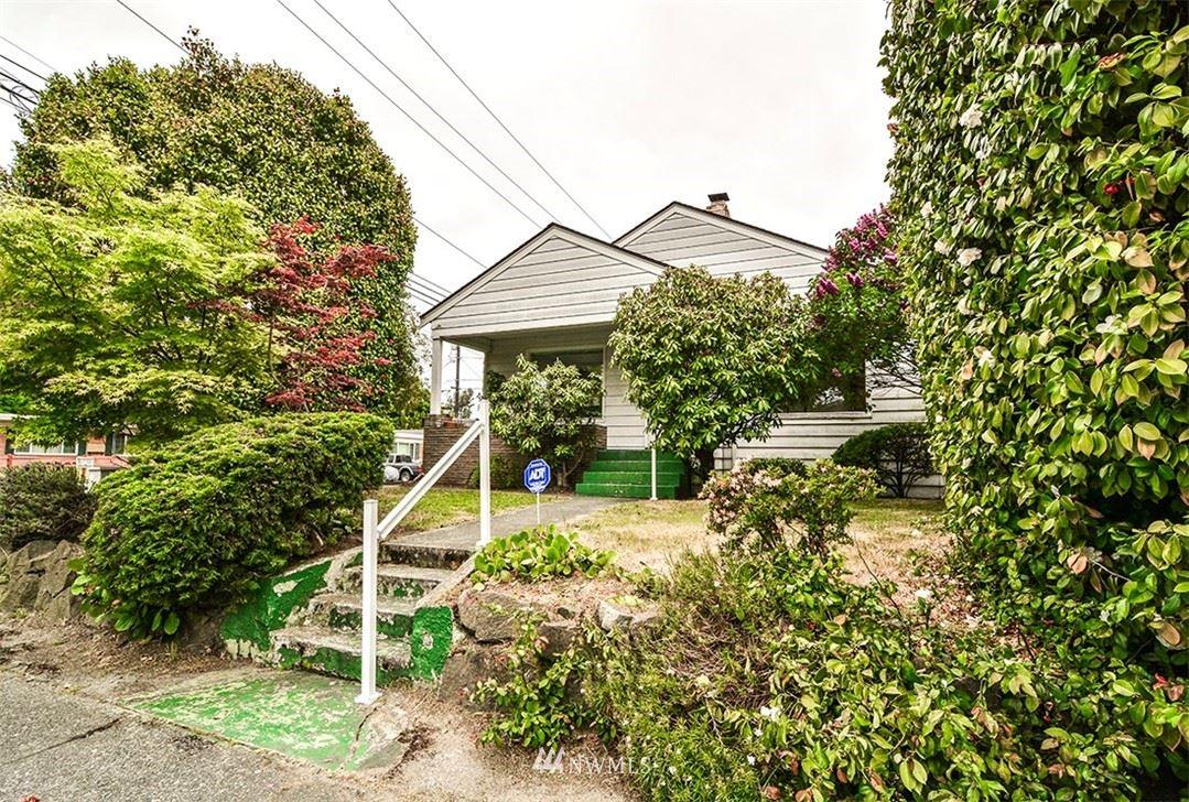 Photo of 3075 63rd Avenue SW, Seattle, WA 98116 (MLS # 1776823)