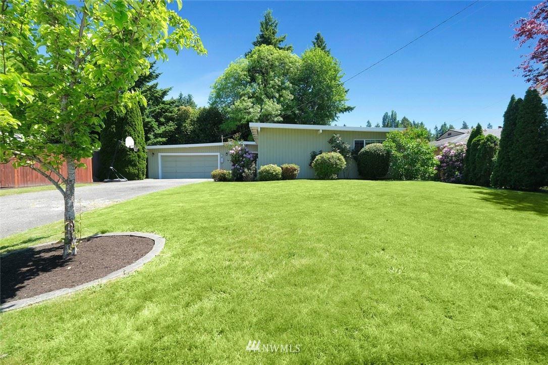 Photo of 438 155th Avenue SE, Bellevue, WA 98007 (MLS # 1784823)