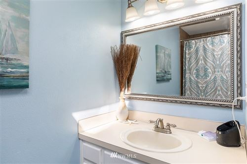 Tiny photo for 1826 NW 2nd Avenue, Oak Harbor, WA 98277 (MLS # 1763825)