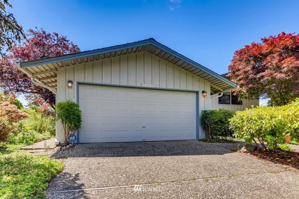 Photo of 4477 142nd Avenue SE, Bellevue, WA 98006 (MLS # 1789827)