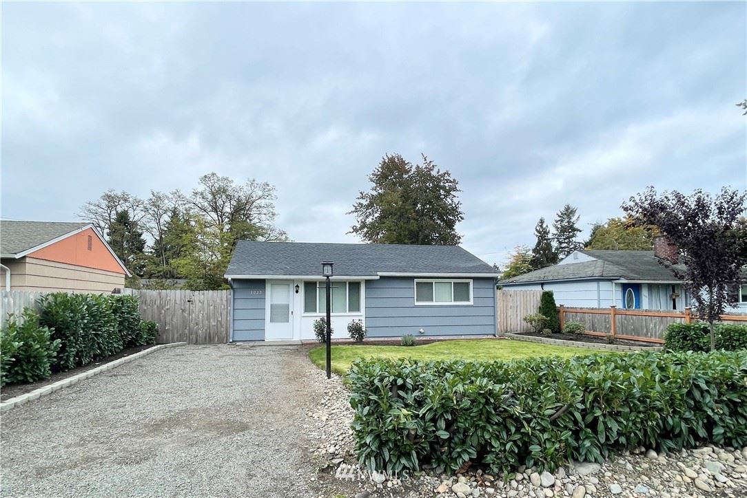 Photo of 1222 117th Street S, Tacoma, WA 98444 (MLS # 1854827)