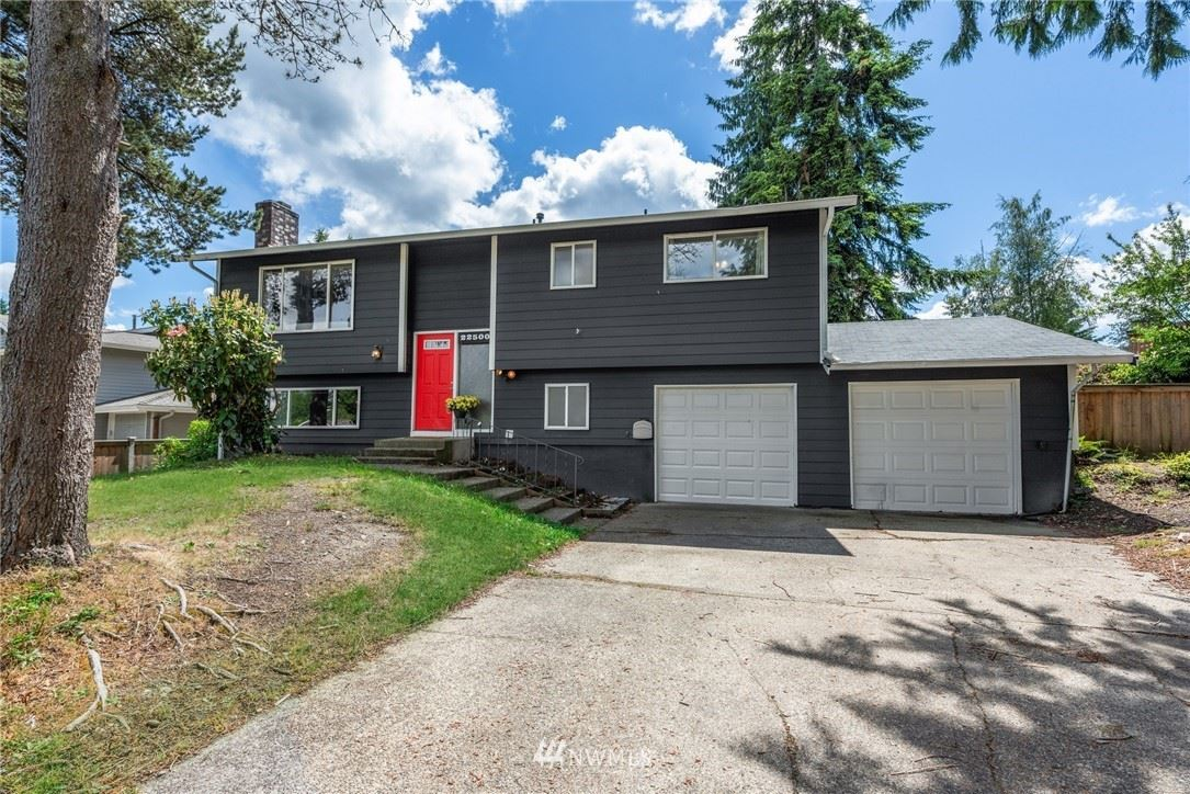 Photo of 22500 1st Place W, Bothell, WA 98021 (MLS # 1787829)
