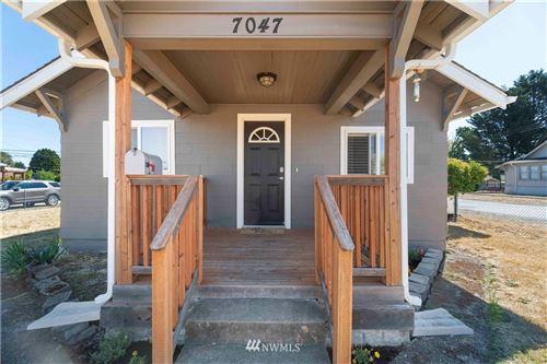 Photo of 7047 S Warner Street, Tacoma, WA 98409 (MLS # 1642830)