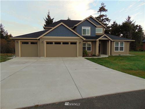 Photo of 1400 Lakeview Drive, Ilwaco, WA 98624 (MLS # 1830831)