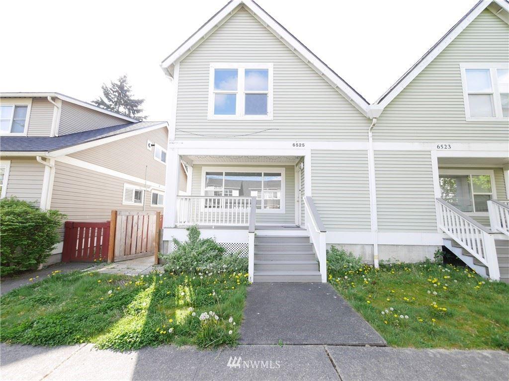 Photo of 6525 29th Avenue S, Seattle, WA 98108 (MLS # 1764831)