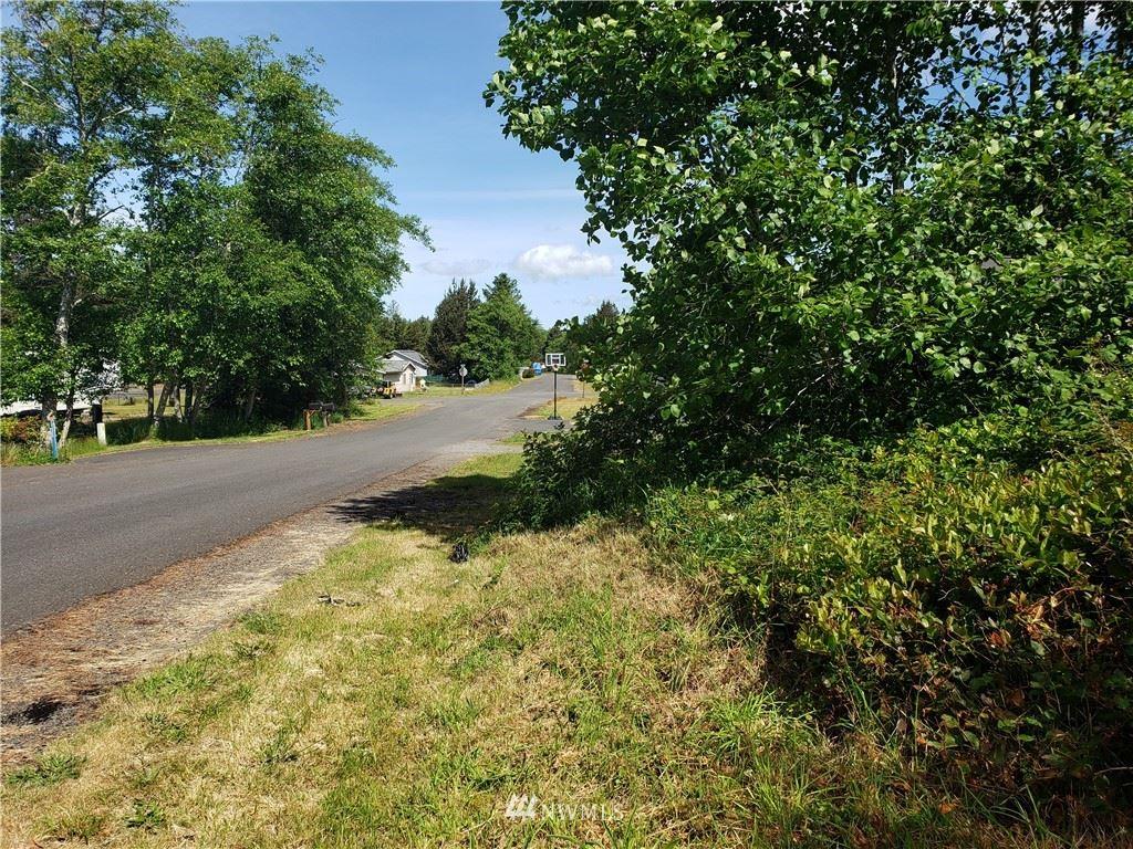 Photo of 24402 Sandridge Road, Ocean Park, WA 98640 (MLS # 1790833)