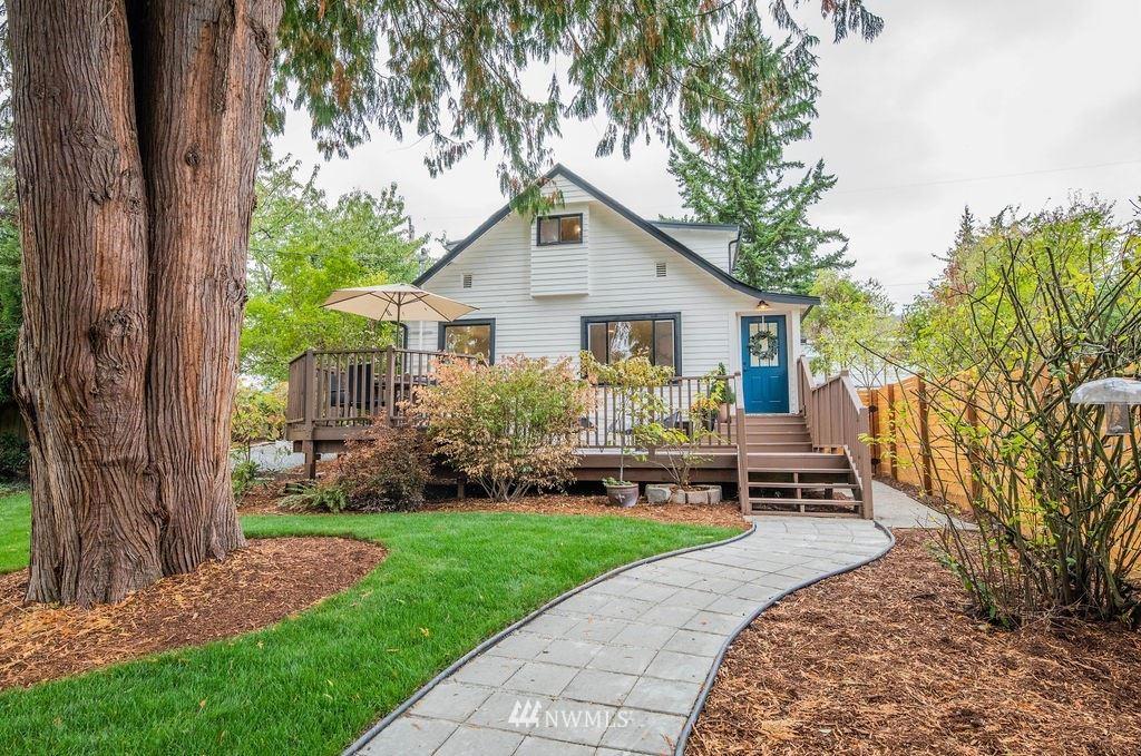 10709 Linden Avenue N, Seattle, WA 98133 - #: 1842833
