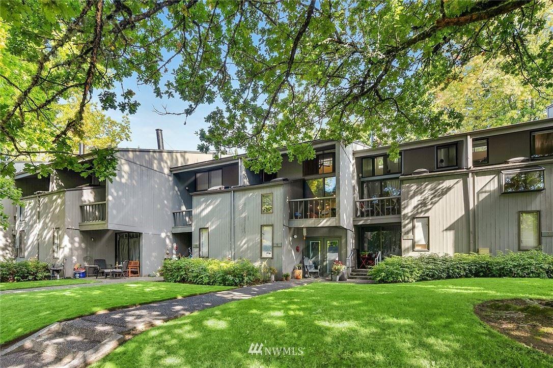 Photo of 6439 139th Avenue NE #24, Redmond, WA 98052 (MLS # 1857833)