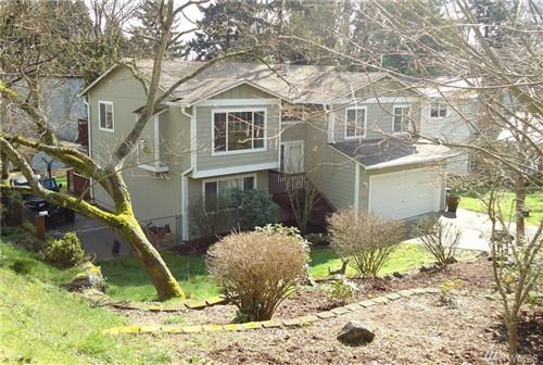 Photo of 15804 5th Ave SW, Burien, WA 98166 (MLS # 1584834)
