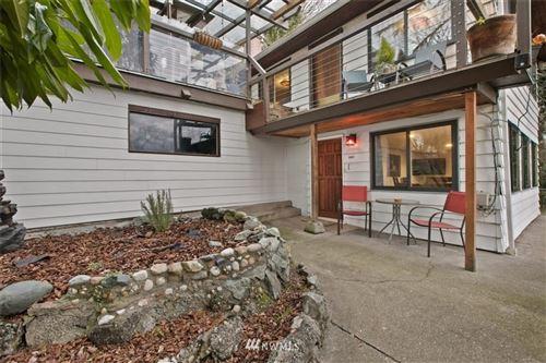 Photo of 1003 W Prospect Street, Seattle, WA 98119 (MLS # 1722836)