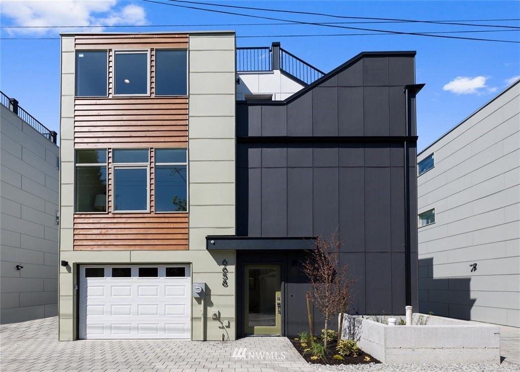 Photo of 6658 Carleton Avenue S, Seattle, WA 98108 (MLS # 1742836)