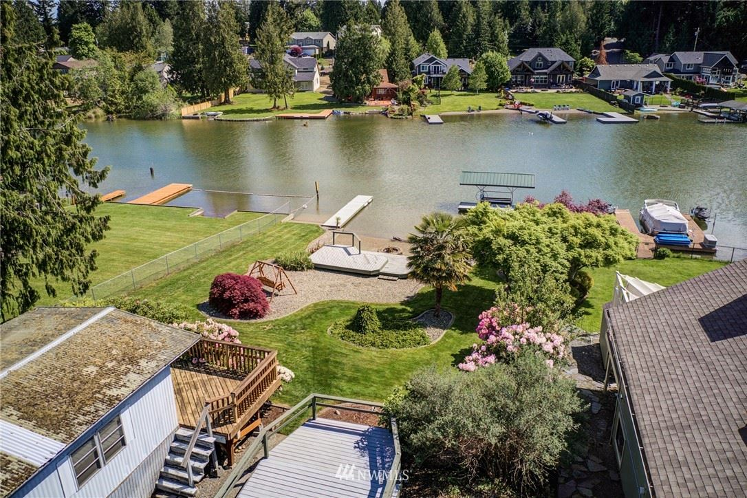 Photo of 5320 S Island Drive E, Bonney Lake, WA 98391 (MLS # 1770836)