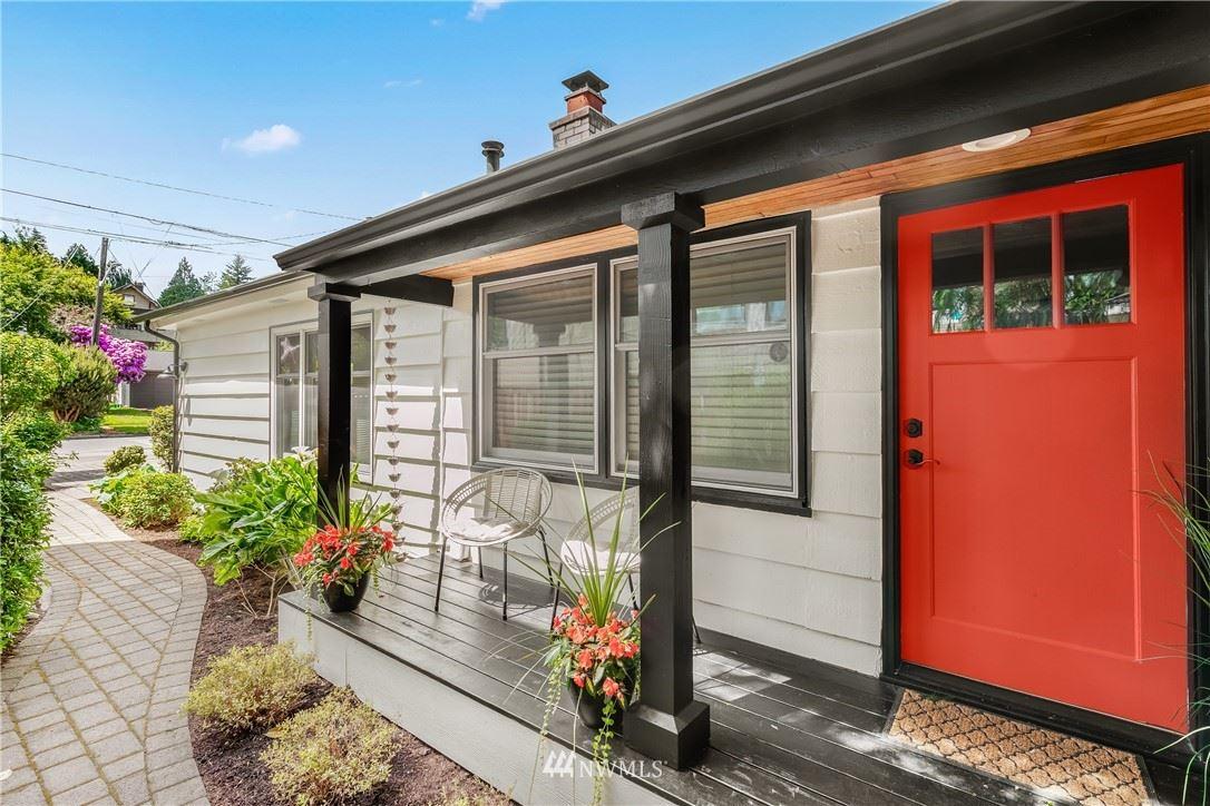 Photo of 7510 23rd Ave NE, Seattle, WA 98115 (MLS # 1783837)
