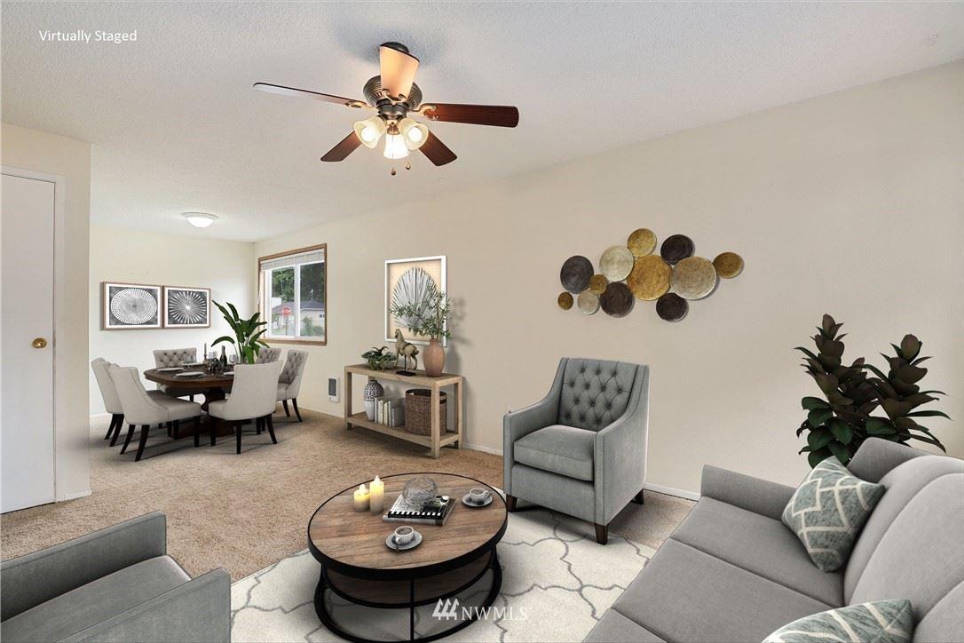 Photo of 11813 SE 316th Place, Auburn, WA 98092 (MLS # 1783839)