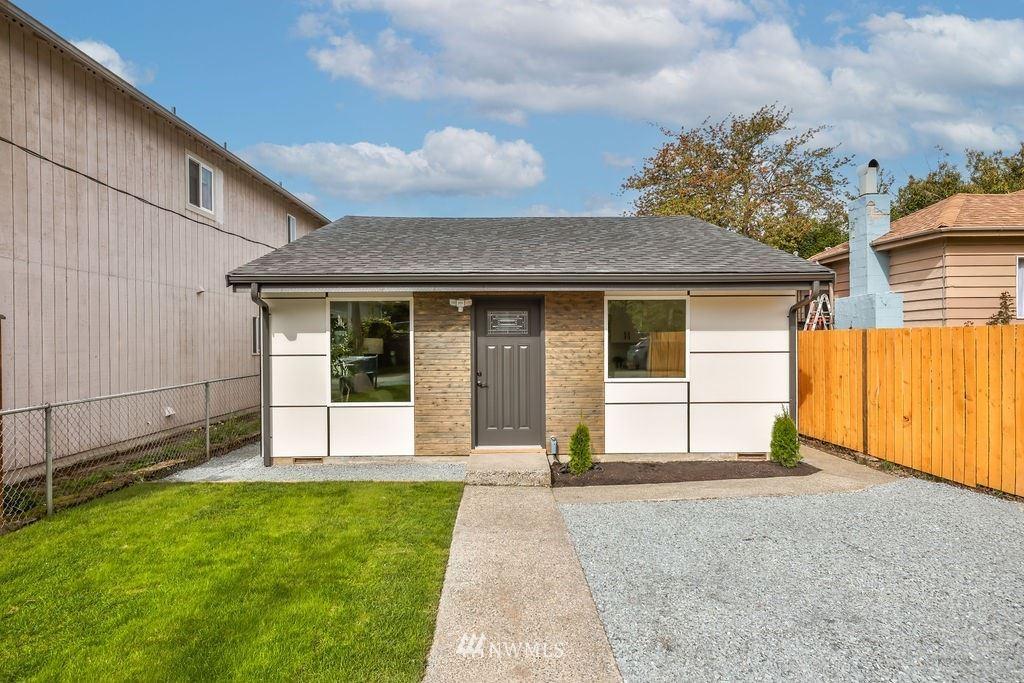 Photo of 6213 46th Avenue S, Seattle, WA 98118 (MLS # 1784839)