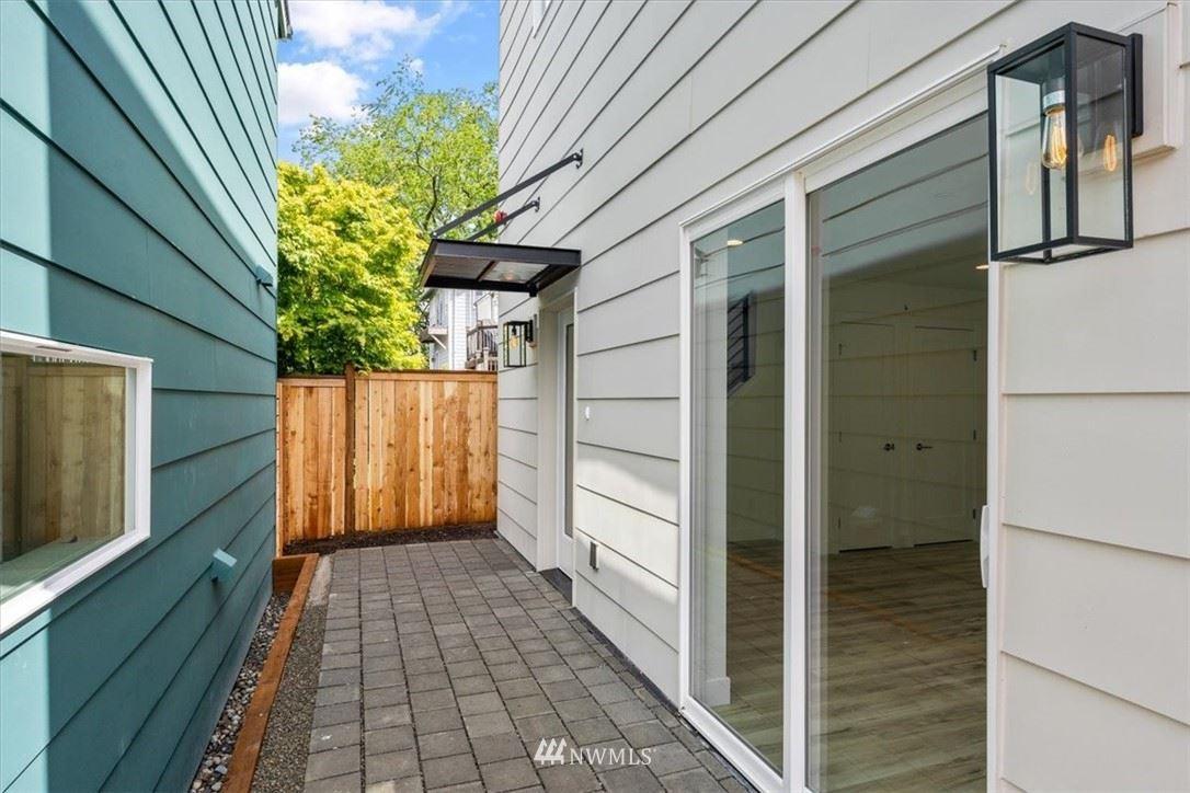 Photo of 10213 40th Avenue SW #B, Seattle, WA 98146 (MLS # 1784841)