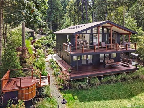 Photo of 17950 Agate Pass Rd NE, Bainbridge Island, WA 98110 (MLS # 1488845)