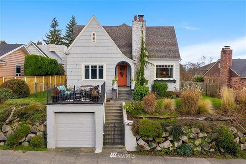 Photo of 1814 28th Avenue W, Seattle, WA 98199 (MLS # 1711845)