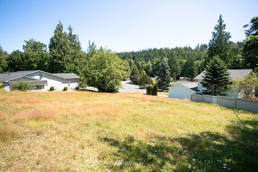 Photo of 4230 Bryce Drive, Anacortes, WA 98221 (MLS # 1717847)