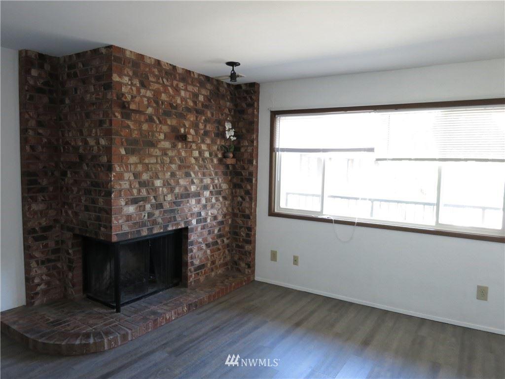 Photo of 9517 NE 180th Street #B304, Bothell, WA 98011 (MLS # 1790848)