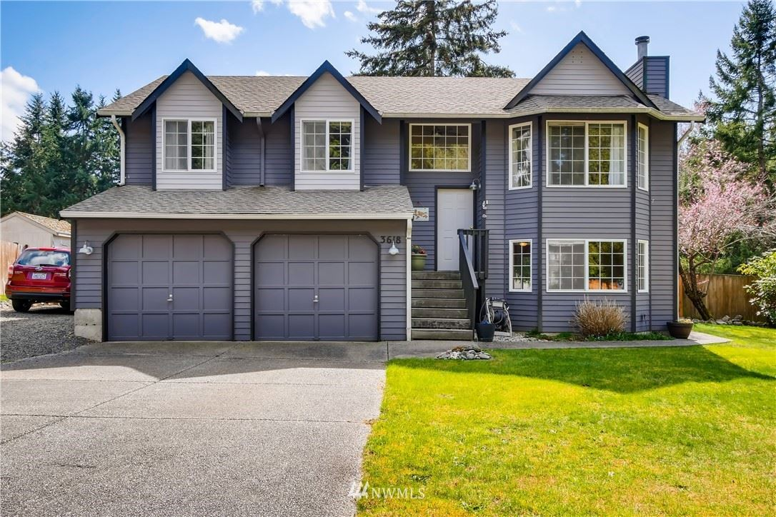 Photo of 3618 143rd Place NW, Marysville, WA 98271 (MLS # 1751850)