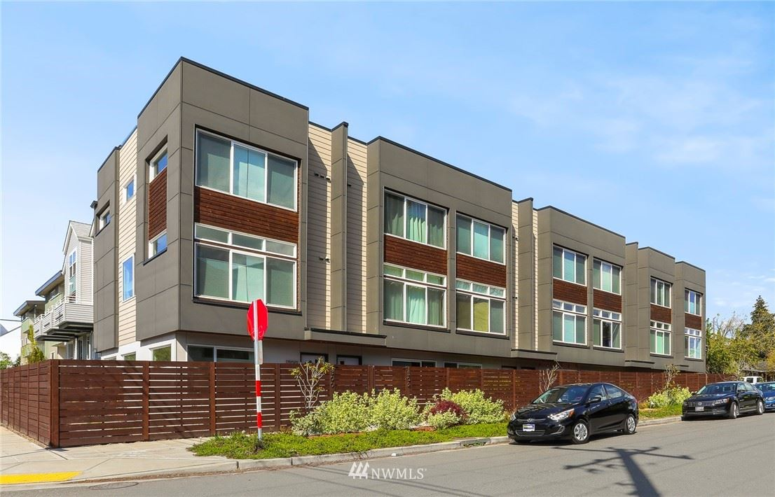 Photo of 306 N 115th Street, Seattle, WA 98133 (MLS # 1769850)