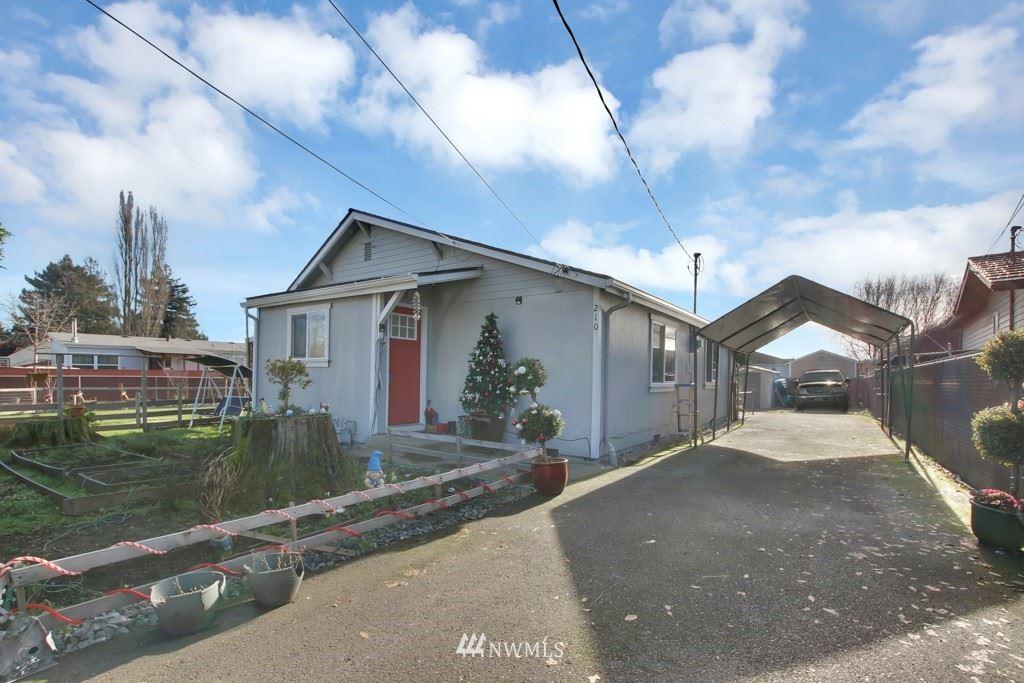 Photo of 210 10th Avenue N, Algona, WA 98001 (MLS # 1717853)