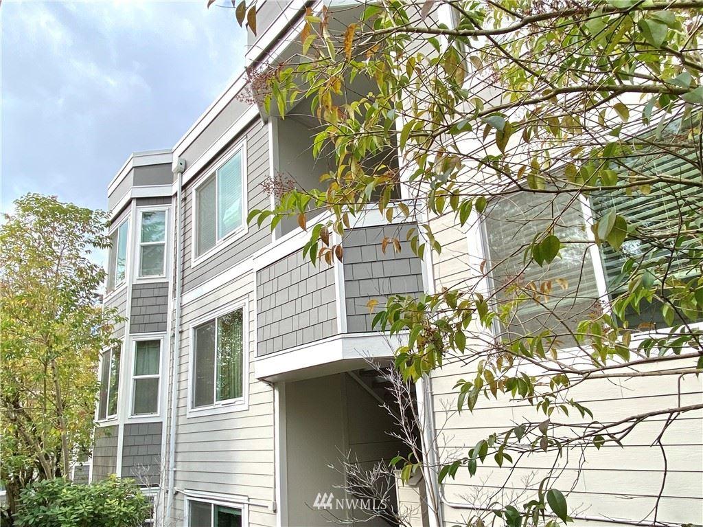Photo of 4200 Factoria Boulevard SE #B17, Bellevue, WA 98006 (MLS # 1731853)