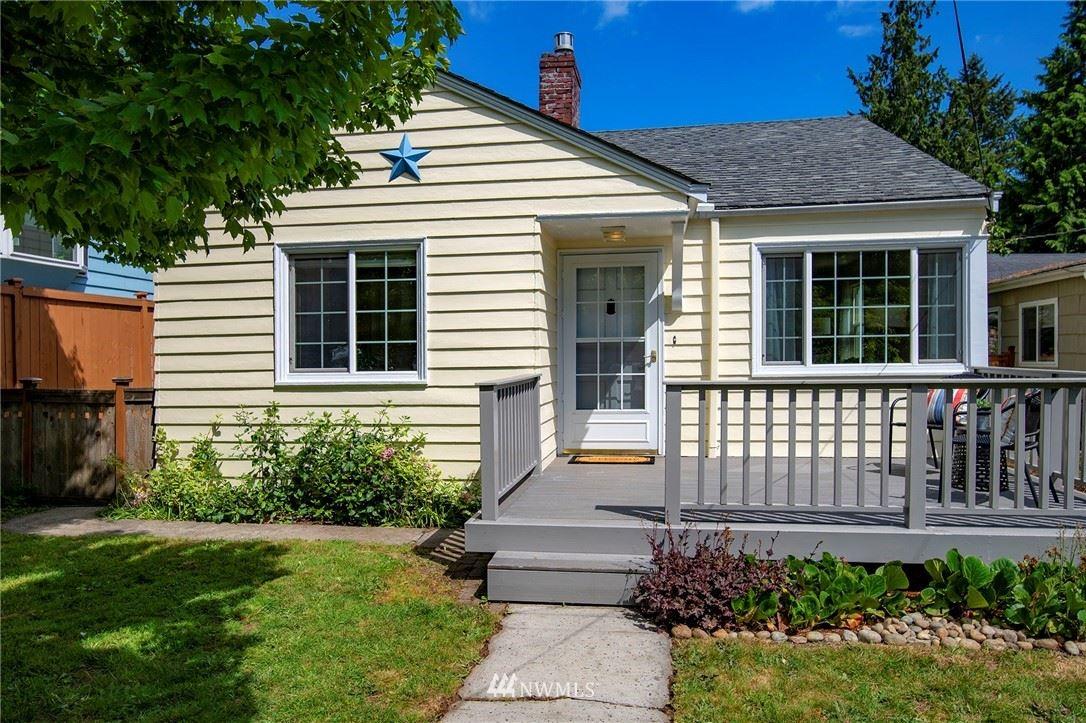 Photo of 10334 Interlake Avenue N, Seattle, WA 98133 (MLS # 1778853)