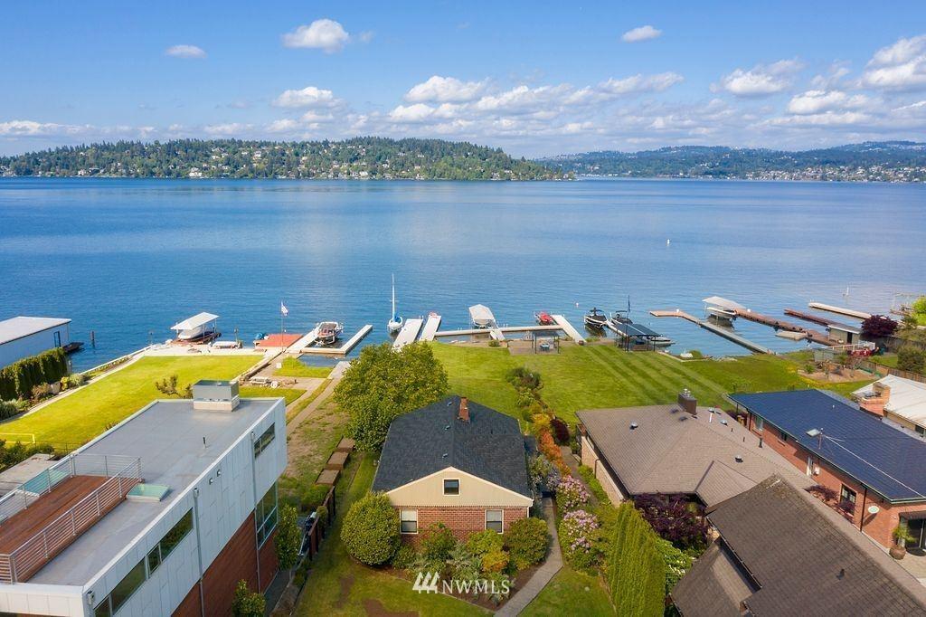 Photo of 9968 Rainier Avenue S, Seattle, WA 98118 (MLS # 1780853)