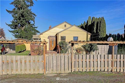 Photo of 93 Willow Lane, Mount Vernon, WA 98273 (MLS # 1695855)