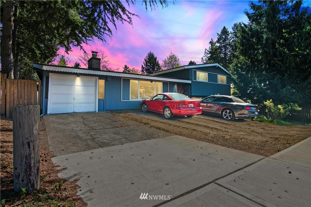 Photo of 11458 108th Avenue NE, Kirkland, WA 98033 (MLS # 1755855)