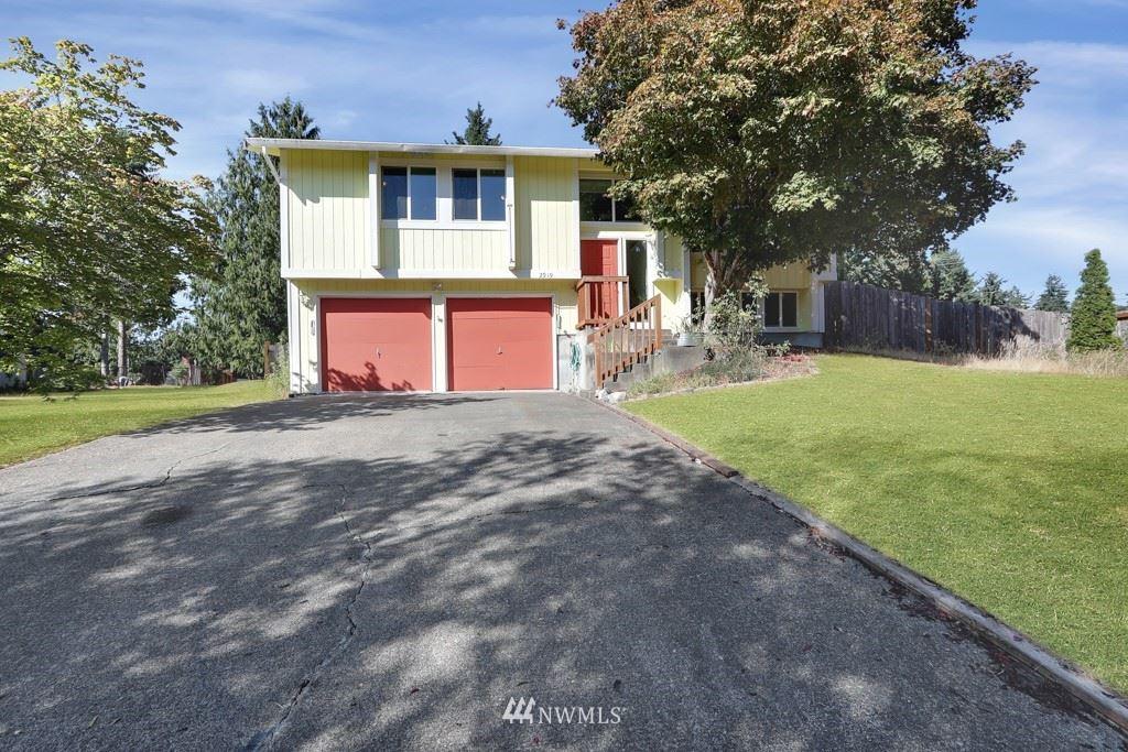 Photo of 2919 148th Street Ct E, Tacoma, WA 98445 (MLS # 1802857)