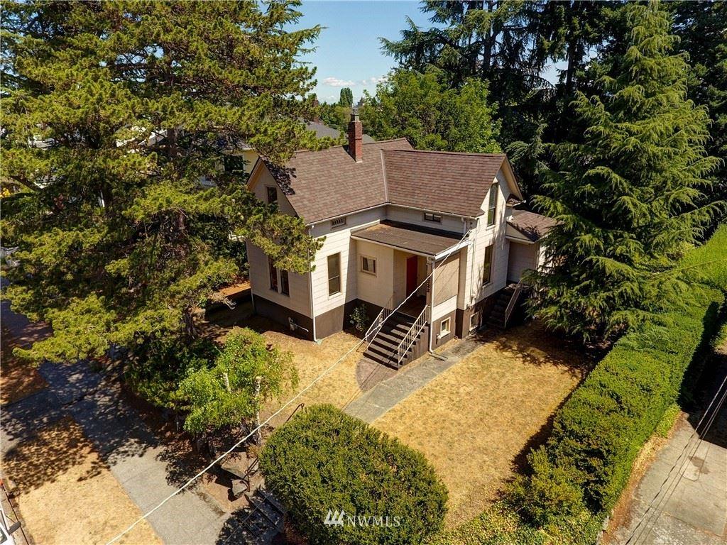 4222 Burke Avenue N, Seattle, WA 98103 - #: 1815857