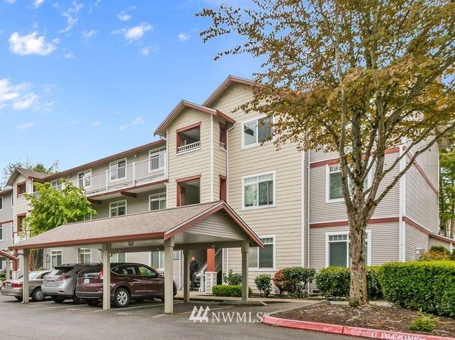 Photo of 14819 29th Avenue W #L303, Lynnwood, WA 98087 (MLS # 1669858)