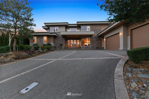 Photo of 7219 Saint Andrews Lane SE, Snoqualmie, WA 98065 (MLS # 1719862)