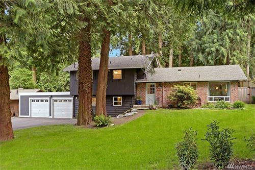 Photo of 630 Mountainside Dr SW, Issaquah, WA 98027 (MLS # 1613866)